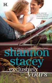 Review Exclusively Yours by Shannon Stacey