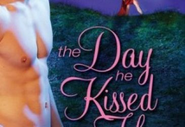 Review: The Day He Kissed Her by Juliana Stone