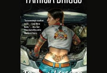 Audio Review: Iron Kissed by Patricia Briggs, Narrated by Lorelei King #VintageDelight