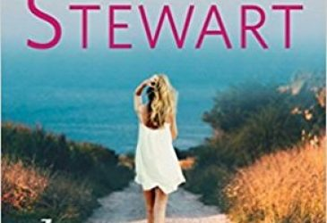 Review: Dune Drive by Mariah Stewart
