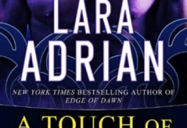 Review: A Touch of Midnight by Lara Adrian