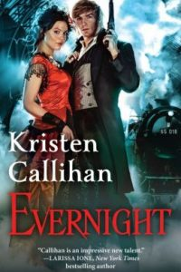 Review Evernight by Kristen Callihan