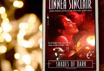 Review: Shades of Dark by Linnea Sinclair