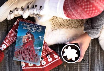 Review: A Very Highland Christmas by Jennifer Ashley, Tanya Anne Crosby, Kathryn LeVeque, Kerrigan Byrne, Darcy Burke, Eliza Knight